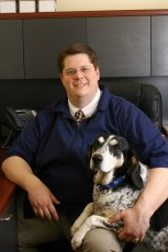 Valley Lakes Veterinary Clinic - Dr. Peter Hartman - Veterinarian Serving Round Lake, IL